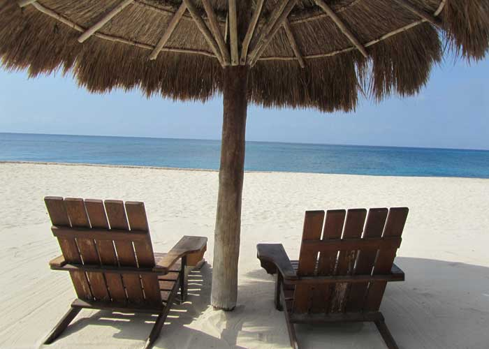 beach-chairs-700x500.jpg